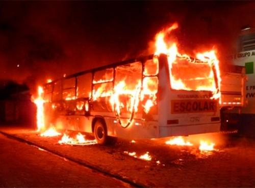 onibus-queimado
