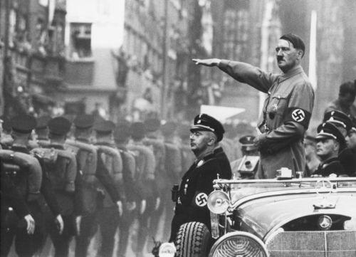 Nacional - Juliano - 13-2-16 - Mein Kampf - o debate continua