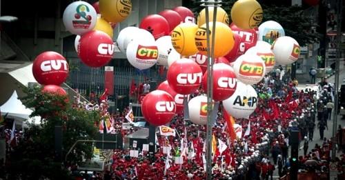 Nacional - Juliano - 14.3.16 - Direito de ir às ruas